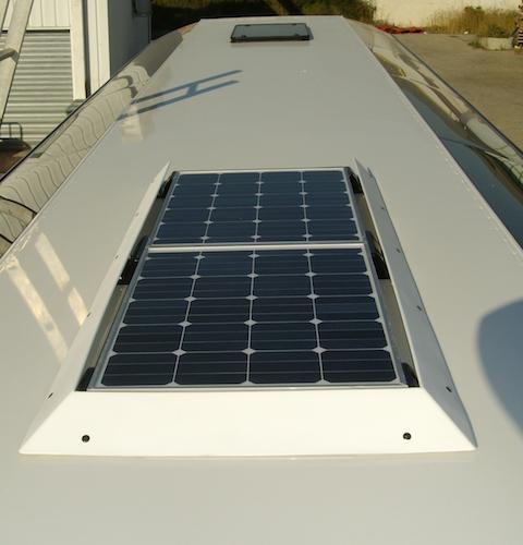 panneau solaire Frenzel sur autocar